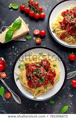 Spagetti húsgombócok paradicsomszósz parmezán tányér étel Stock fotó © monkey_business