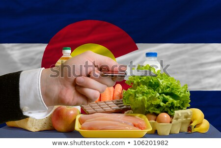 Buying Groceries With Credit Card In Us State Of Colorado Foto stock © vepar5