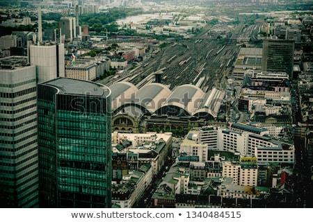 felhőkarcolók · vasútállomás · három · felhőkarcoló · egy · ikonikus - stock fotó © meinzahn