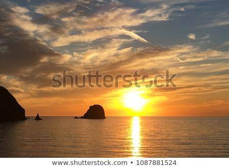 zdumiewający · morza · krajobraz · piękna · zachód · słońca · czasu - zdjęcia stock © ankarb