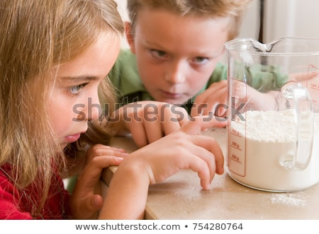 Lány fiú mér liszt csapatmunka csekk Stock fotó © IS2