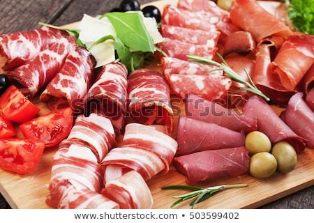 frio · delicioso · fumado · carne · salame - foto stock © grafvision