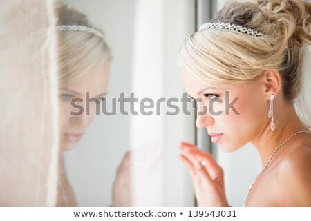 花嫁 · ノースリーブの · 結婚式 · ウェディングドレス · 壁 · 立って - ストックフォト © lubavnel