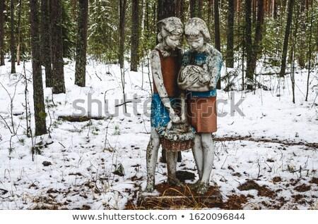 Pioneiro estátua velho parque Foto stock © timbrk