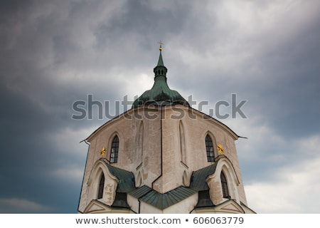 Zöld domb templom nehéz vihar Csehország Stock fotó © CaptureLight