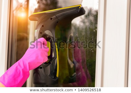 Takarítás ablak porszívó drótnélküli elektomos férfi Stock fotó © hamik