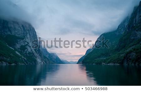 Bulutlu Norveç İskandinavya su bulutlar dağ Stok fotoğraf © motttive