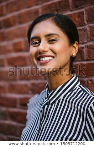 jonge · mooie · meisje · portret · glimlachend - stockfoto © iordani
