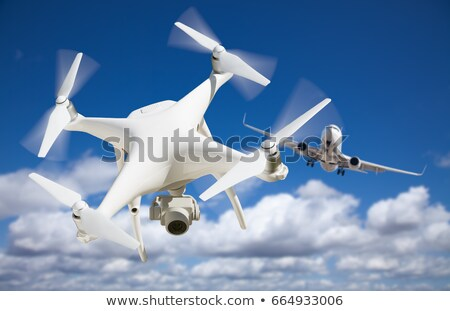 vliegtuigen · lucht · gras · hemel · veld · Blauw - stockfoto © feverpitch