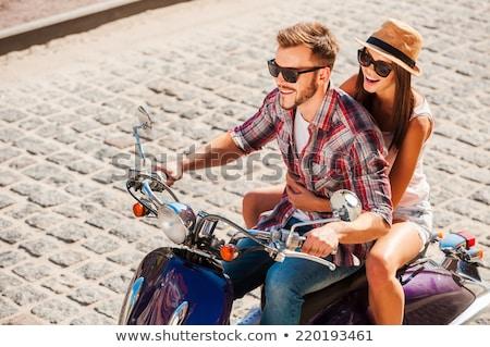 Genç kadın erkek arkadaş mutlu el Stok fotoğraf © Kzenon
