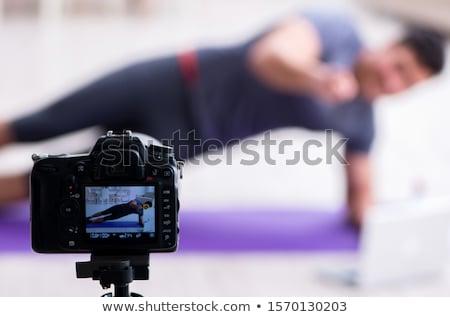 Sportowe zdrowia blogger wideo sportu Internetu Zdjęcia stock © Elnur