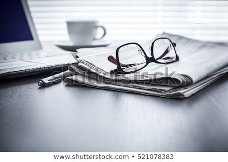 Gazete gözlük gözlük kâğıt haber finanse Stok fotoğraf © jakatics