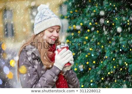 aantrekkelijke · vrouw · winter · bos · meisje · boom · gezicht - stockfoto © deandrobot