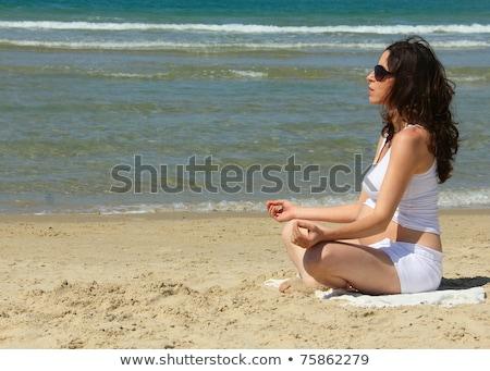 terhes · nő · tenger · gyönyörű · zöld · ruha · nyár - stock fotó © adrenalina