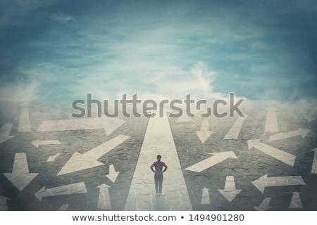 vrouw · kiezen · manier · asian · veel · pijlen - stockfoto © rastudio