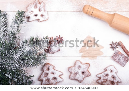 natal · bolinhos · forma · árvore · de · natal · tiro · cinza - foto stock © wavebreak_media