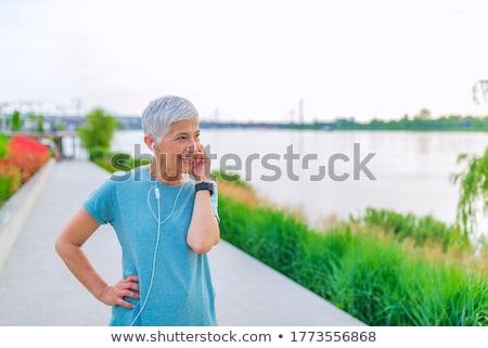 Kısa saç kadın ayarlamak kontrol Stok fotoğraf © toyotoyo