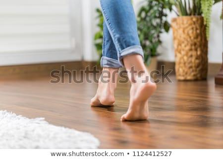 mutlu · güzel · şehvetli · kadın · zemin · bakıyor - stok fotoğraf © leedsn
