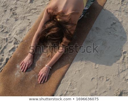 kadın · plaj · yaz · bikini · anne · şapka - stok fotoğraf © photography33