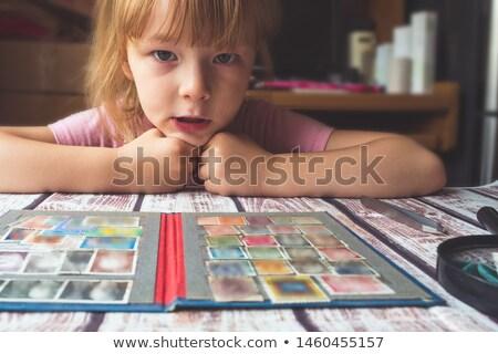 Bambina guardando indossare pigiama donna Foto d'archivio © deandrobot