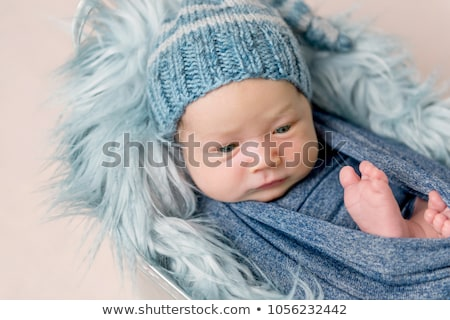 Bebek erkek örgü battaniye yüz Stok fotoğraf © galitskaya