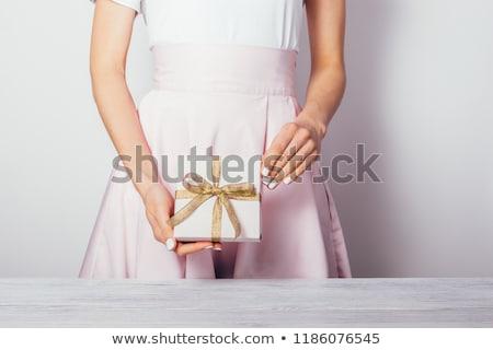 Bela mulher pequeno dourado dom isolado Foto stock © jaykayl