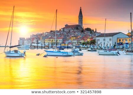 Merveilleux mer coucher du soleil Croatie navire silhouette Photo stock © tannjuska