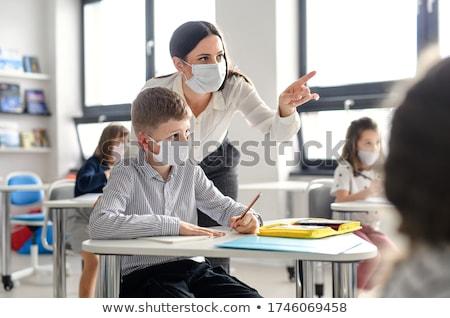 enseignants · étudiant · posant · coup · studio · blanche - photo stock © wavebreak_media
