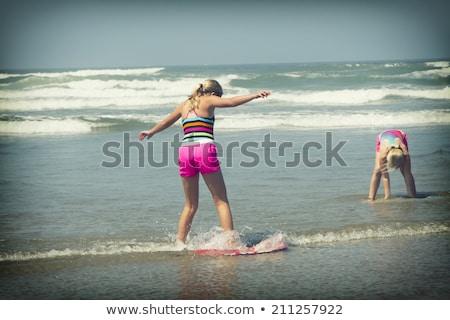 ストックフォト: 少女 · 搭乗 · ビーチ · 水 · スポーツ · 海