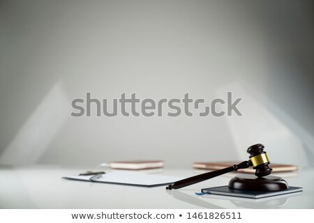 Paragraphe symbole droit livre table en bois Photo stock © AndreyPopov
