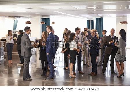 oriente · médio · caucasiano · mulher · falante · negócio · escritório - foto stock © monkey_business