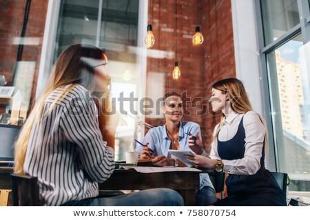 schrijven · beneden · ideeën · jonge · zakenvrouw · smart - stockfoto © pressmaster