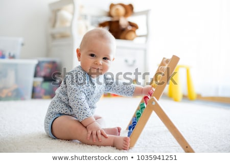 Kind baby spelen gezicht dans sleutel Stockfoto © Paha_L