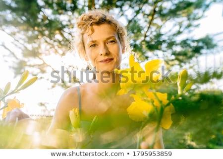 sensual · menina · loiro · cabelos · cacheados · retrato - foto stock © carlodapino