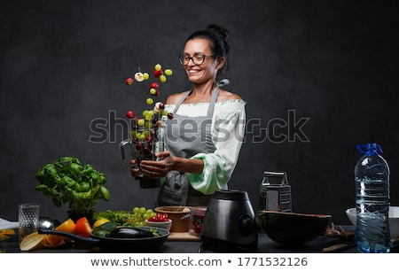 smoothie · vert · fraîches · ingrédients · pomme · verre · santé - photo stock © yuliyagontar