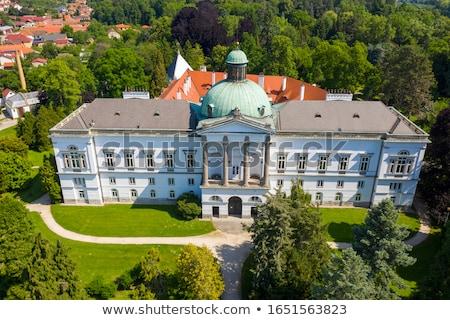Palácio Eslováquia edifício arquitetura europa fonte Foto stock © phbcz