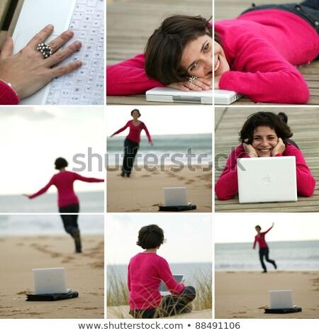 Bruna indossare pullover lavoro spiaggia mani Foto d'archivio © photography33
