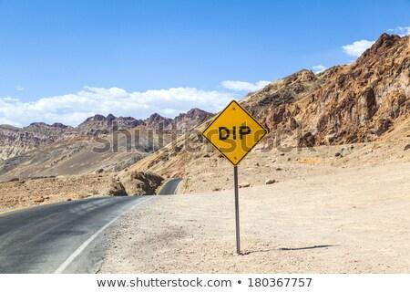 Stok fotoğraf: Imzalamak · yol · manzaralı · sürmek · ölüm