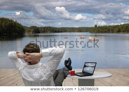 Lábak notebook asztal férfi üveg férfiak Stock fotó © user_9834712