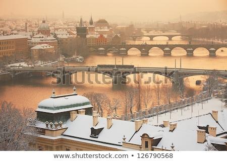 Winter Praag bruggen rivier Tsjechische Republiek gebouw Stockfoto © benkrut