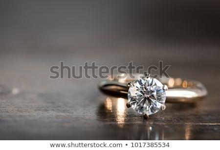 eljegyzési · gyűrű · közelkép · esküvő · zenekar · virágok · doboz - stock fotó © oneinamillion
