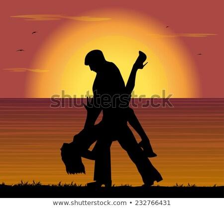 Mooie dansen tango strand zonsondergang Stockfoto © Nejron