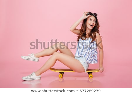 Moda model portre güzel kıvırcık saçlı Stok fotoğraf © stokkete