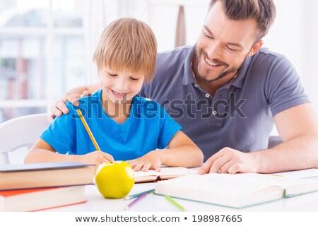 ojciec · pomoc · syn · praca · domowa · domu · twarz - zdjęcia stock © wavebreak_media