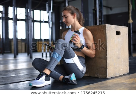 красивый мужчина мускулистое тело фитнес осуществлять здоровья спортзал Сток-фото © Nejron