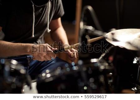 muzikant · trommelaar · spelen · trommel · uitrusting · studio - stockfoto © sumners