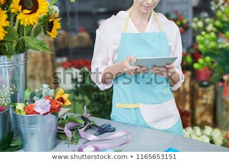 Empresária digital comprimido branco negócio Foto stock © wavebreak_media