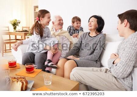 ストックフォト: 祖父母 · 時間 · 孫 · 女性 · 男 · ノートパソコン