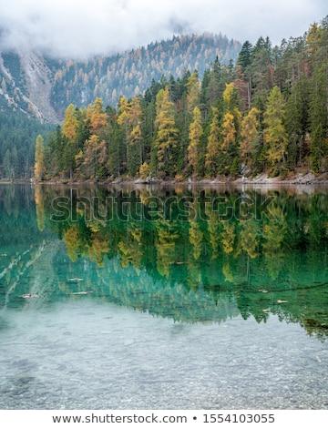 vrouw · kajakken · mooie · berg · meer · vreedzaam - stockfoto © antonio-s