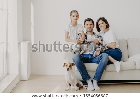Horizontaal shot hartelijk familie pose samen Stockfoto © vkstudio
